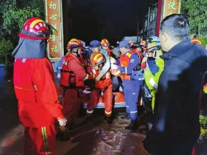 太重集团协助董家营村防汛救灾 2000余名村民全部安全撤出