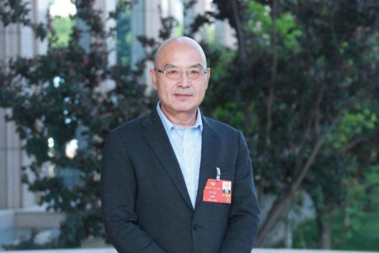 何文波委员:全力推进超低排放 坚决打赢蓝天保卫战